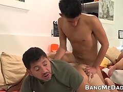Mature,Bareback,daddy,twink,big dick,cum in mouth,latino,latin,old and young,gay,HD Mature daddy...