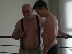Anal,Mature,Twinks,daddy, old vs young,gay Victorino And...