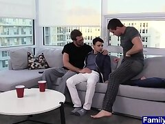 Anal,Big Cock,Mature,Threesome,Twinks,Blowjob,Bareback,studs,daddy, old vs young,gay Young twink...