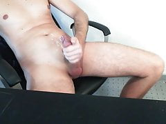 Twink (Gay);Handjob (Gay);Hunk (Gay);HD Videos Cumshot