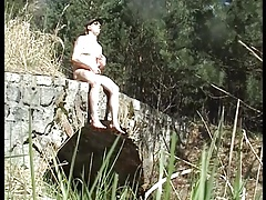 Men (Gay);Twinks (Gay);Beach (Gay);Handjobs (Gay);Masturbation (Gay) Jerk off on a...