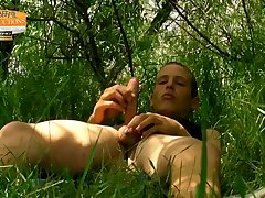 Amateur,Masturbation,Solo,Outdoors,Twinks,gay Too tasty For His...