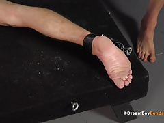 BDSM (Gay);Gay Porn (Gay);Sex Toys (Gay);Spanking (Gay);Twinks (Gay) Whipping Feet -...