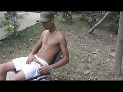 Cumshot,Solo,Latinos,Outdoors,Twinks,gay mb - emilio 2