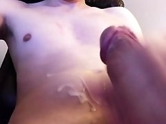 twink,smooth,cock,penis,dick,shaved,straight,bi,sex,masturbate,Teen,Solo Male,HD Smooth dude blows...