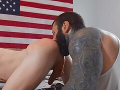 Anal,Bears,Rimming,Tattoo,Twinks,Blowjob,Bareback,muscle,gay,Markus Kage,Edward Terrant Booty To The Ground